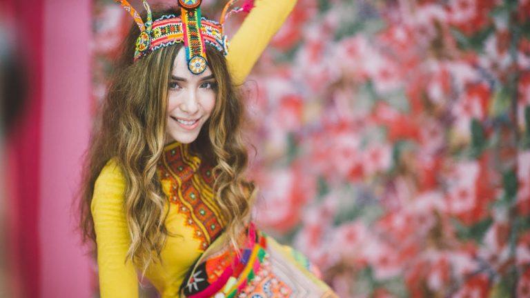 Palmy Top Thai Singer